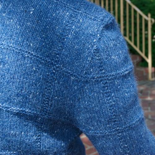 Sleeve-and-Shoulder-Details.jpg