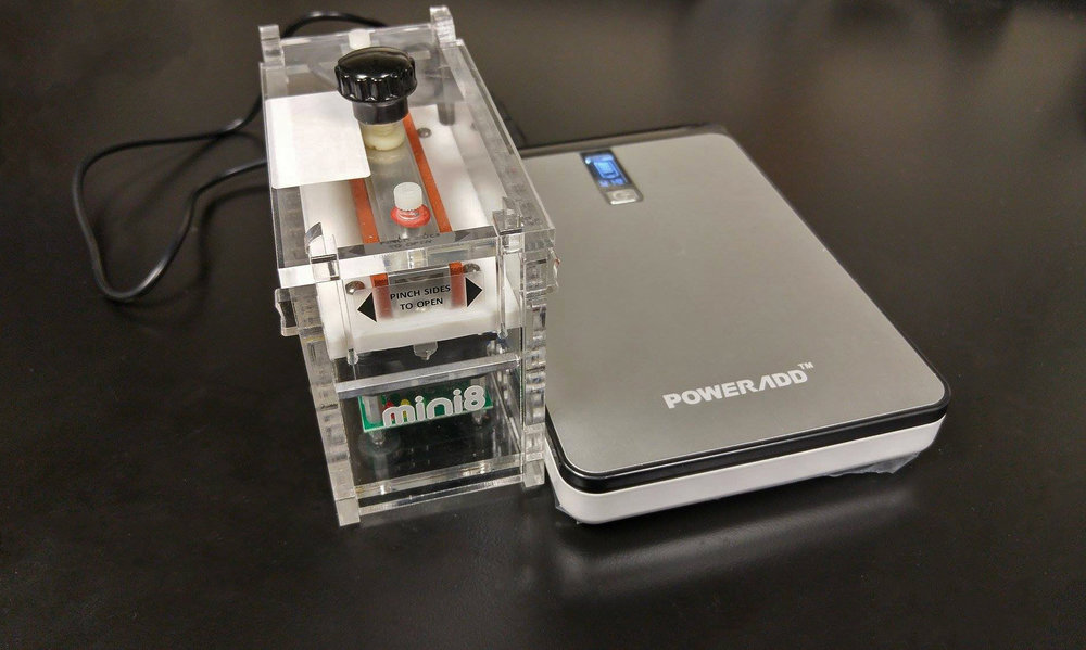 miniPCR + Poweradd battery = portable PCR combo
