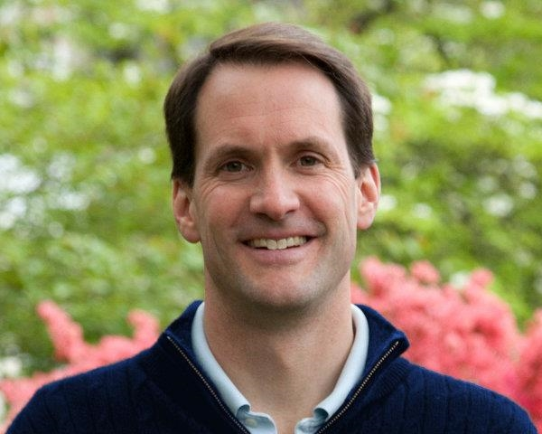 Jim Himes (CT-04)