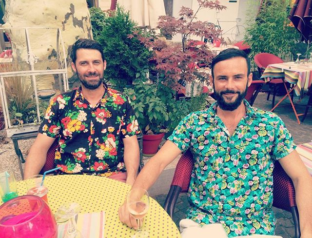 #summerinfrance #winelovers #ethicalfashion #hawaiianshirt #provencestyle