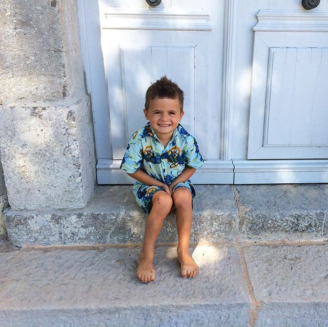 New fabric colour for our boys NEMBI shirt! check out our link in bio to get yours. More coming soon! #kidsclothes #ethicalfashion #summerinprovence #provencestyle #waxprint #capulana #africanprintslovers #africanprint