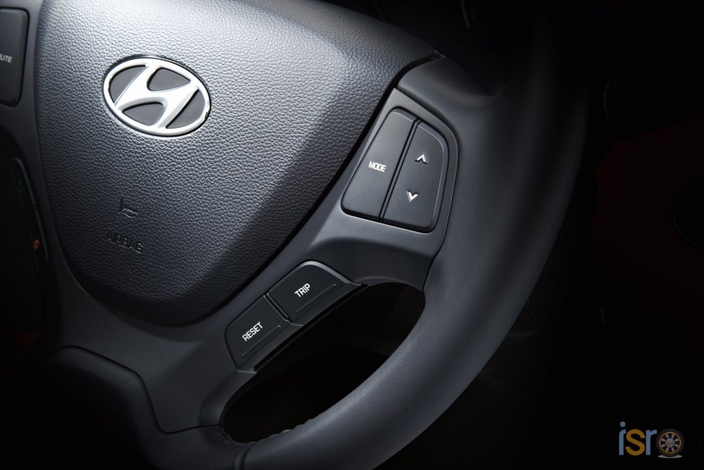 i10 4door steering wheel swich 2014 ist+%28Copiar%29