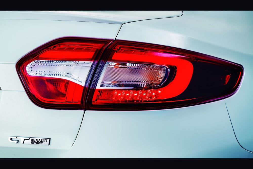 Renault+Fluence+GT2+ +Estudio+%284%29