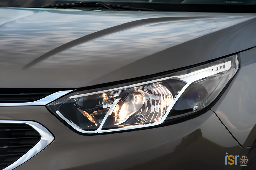 GM Brazil 2016 Chevrolet Cobalt LTZ 055+%28Copiar%29