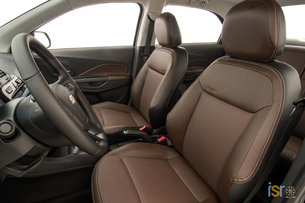 GM Brazil 2016 Chevrolet Cobalt Elite 013+%28Copiar%29
