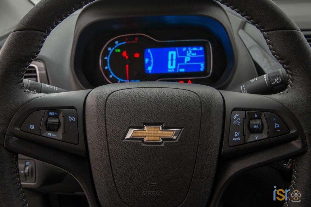 GM Brazil 2016 Chevrolet Cobalt Elite 015+%28Copiar%29