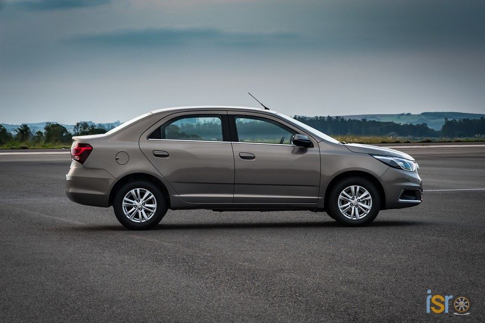 GM Brazil 2016 Chevrolet Cobalt LTZ 060+%28Copiar%29