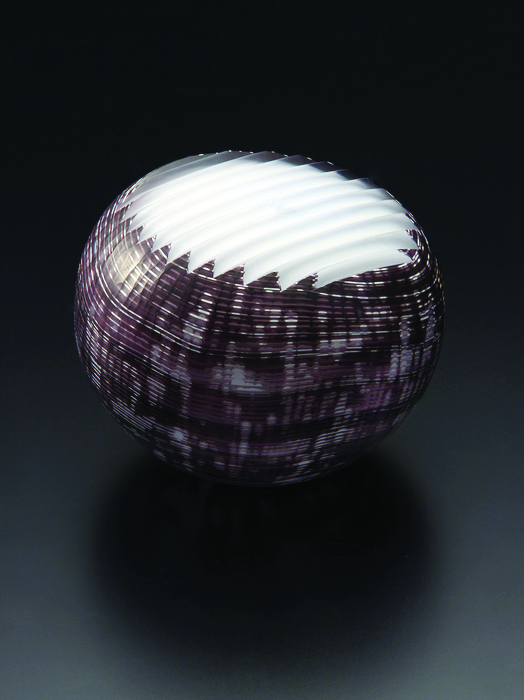 Ethan Stern      Sentakuita (Round) , 2012     Blown and wheel-cut glass