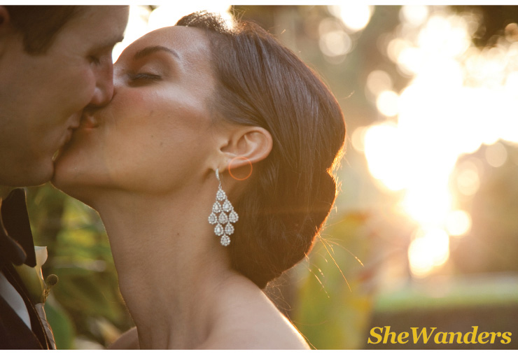 san diego wedding photography, swannsoirees, making out, paradise point
