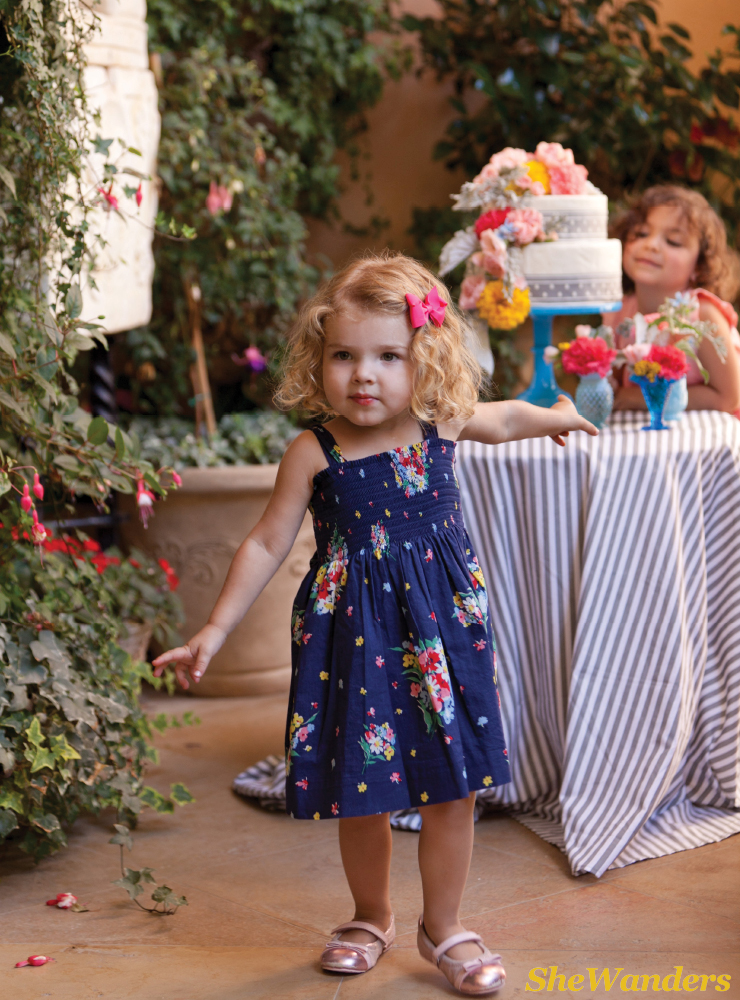 flower girls and cake, fabcakes.com, san diego wedding photography, exquisite weddings, la jolla wedding photography