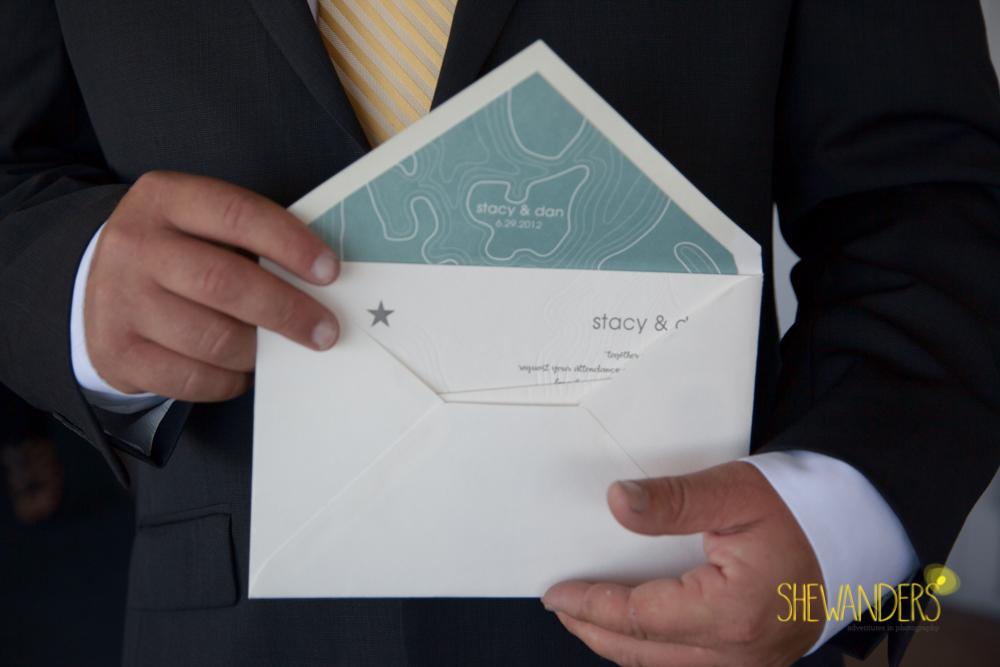 SHEWANDERS.weddings.2012109