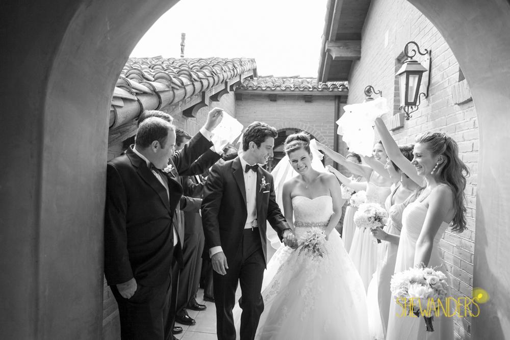 SHEWANDERS.weddings.2012133