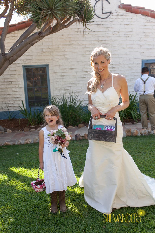 SHEWANDERS.weddings.2012134