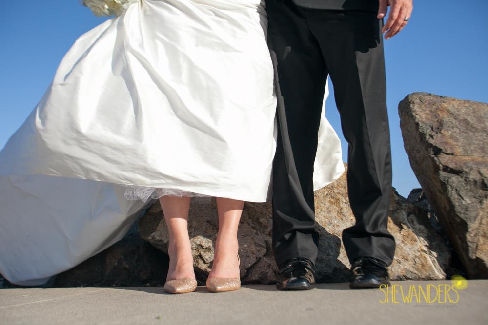 SHEWANDERS.weddings.2012135