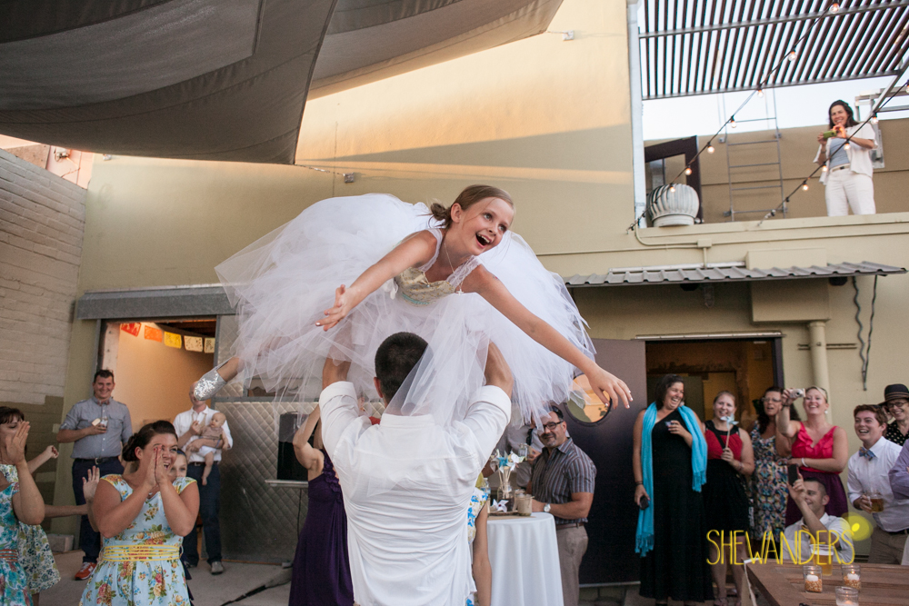 SHEWANDERS.weddings.2012137