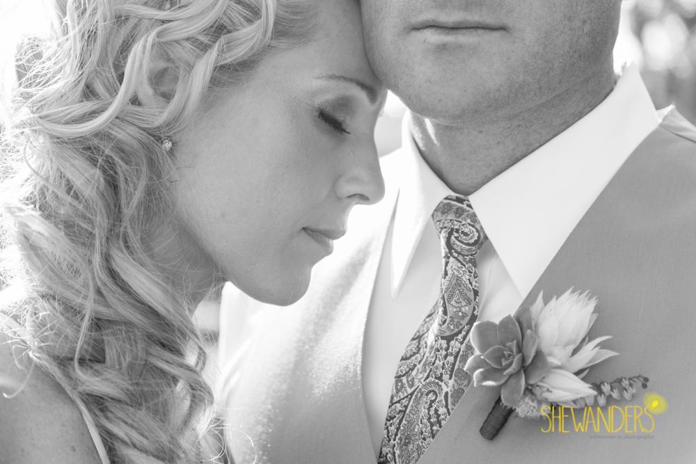 SHEWANDERS.weddings.2012138