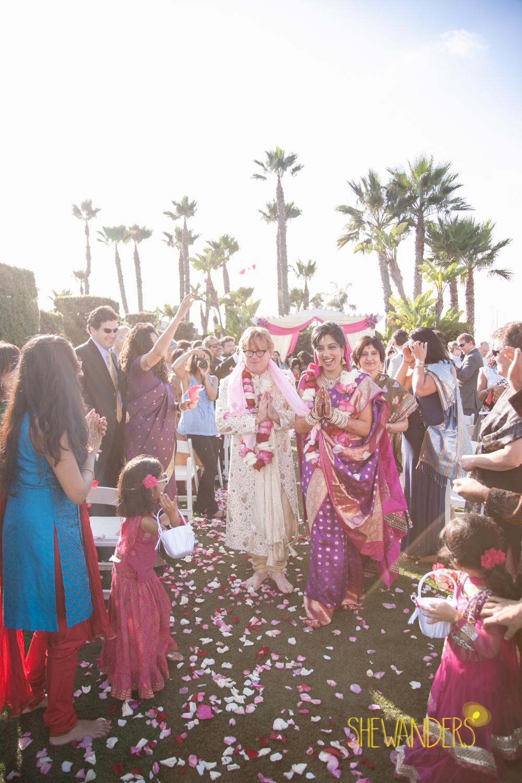 SHEWANDERS.weddings.2012139