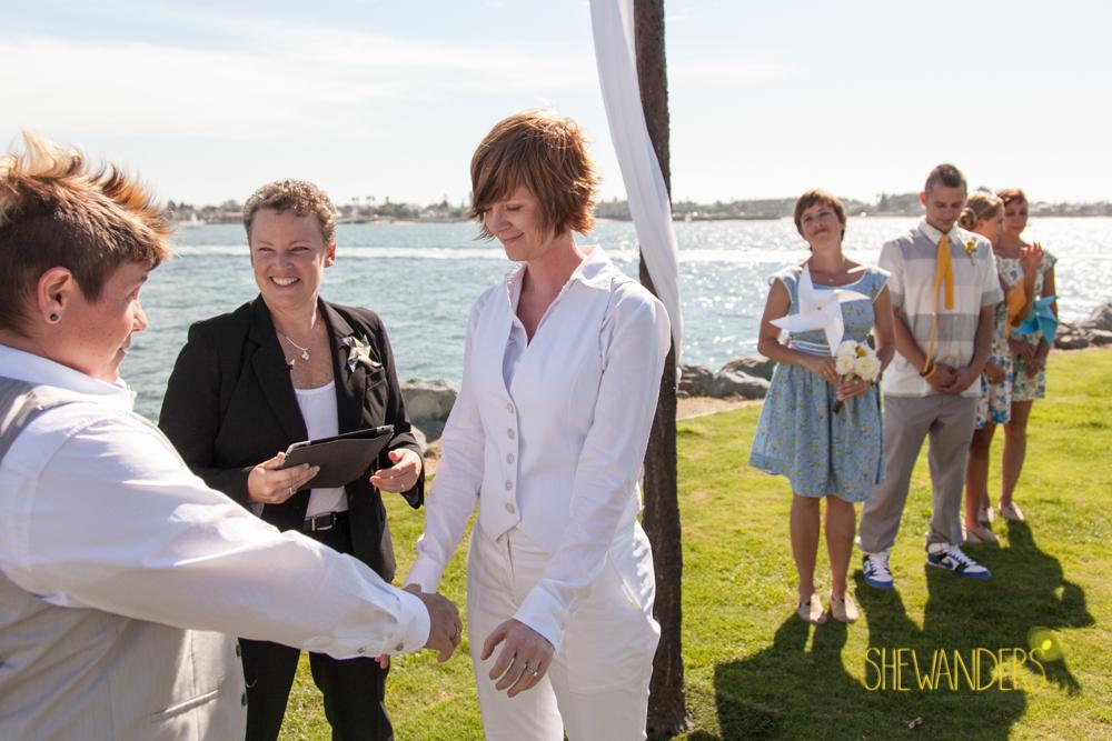 SHEWANDERS.weddings.2012142