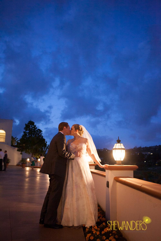 SHEWANDERS.weddings.2012151