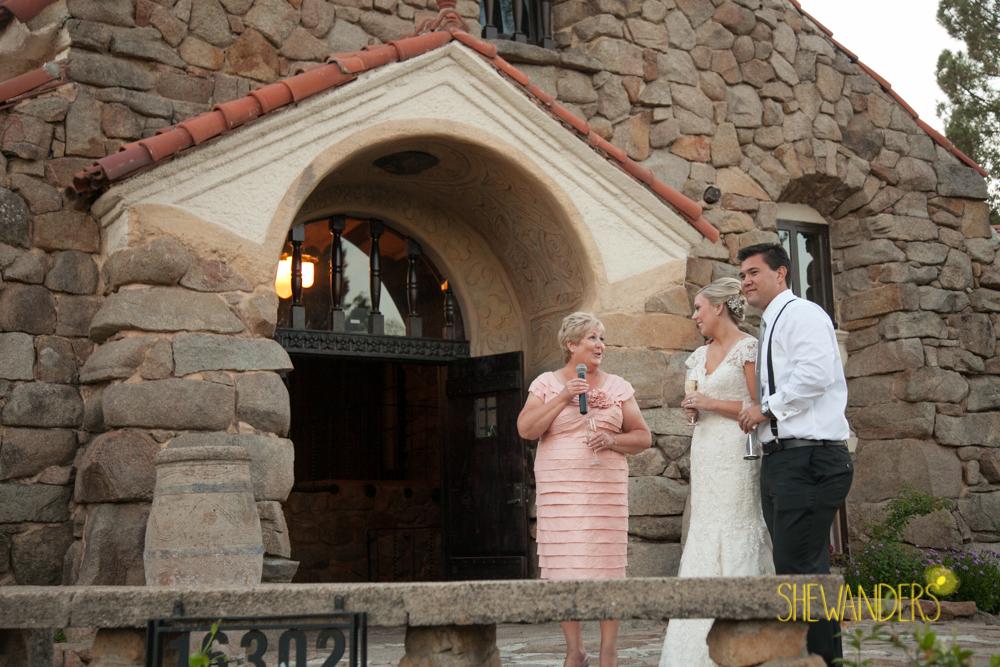 SHEWANDERS.weddings.2012157