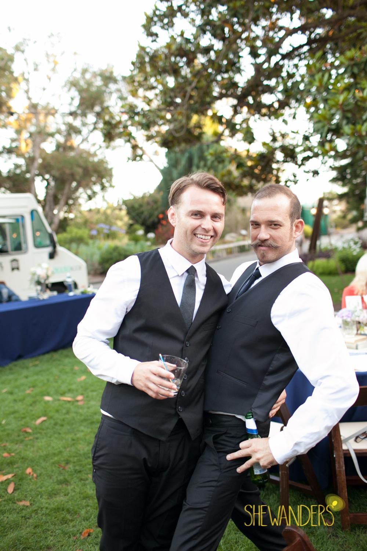 SHEWANDERS.weddings.2012165