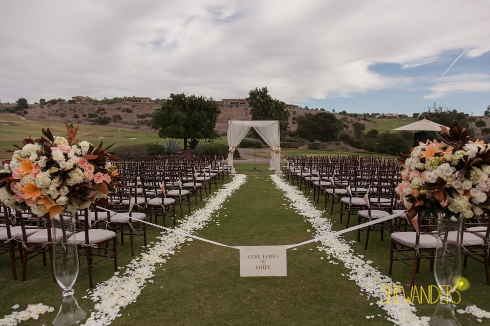 SHEWANDERS.weddings.2012166