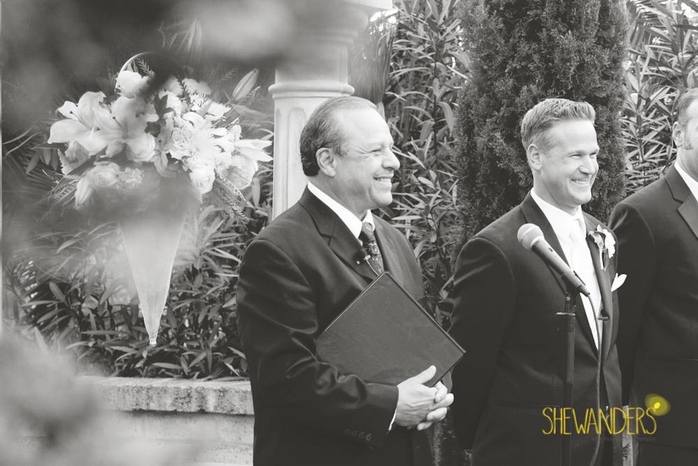 SHEWANDERS.weddings.2012174