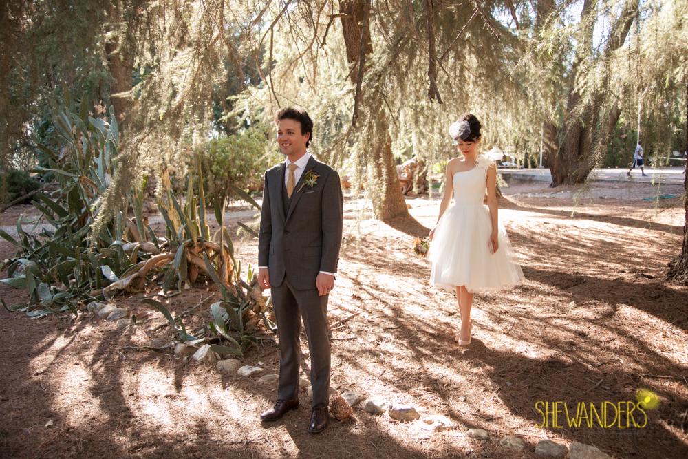 SHEWANDERS.weddings.2012173