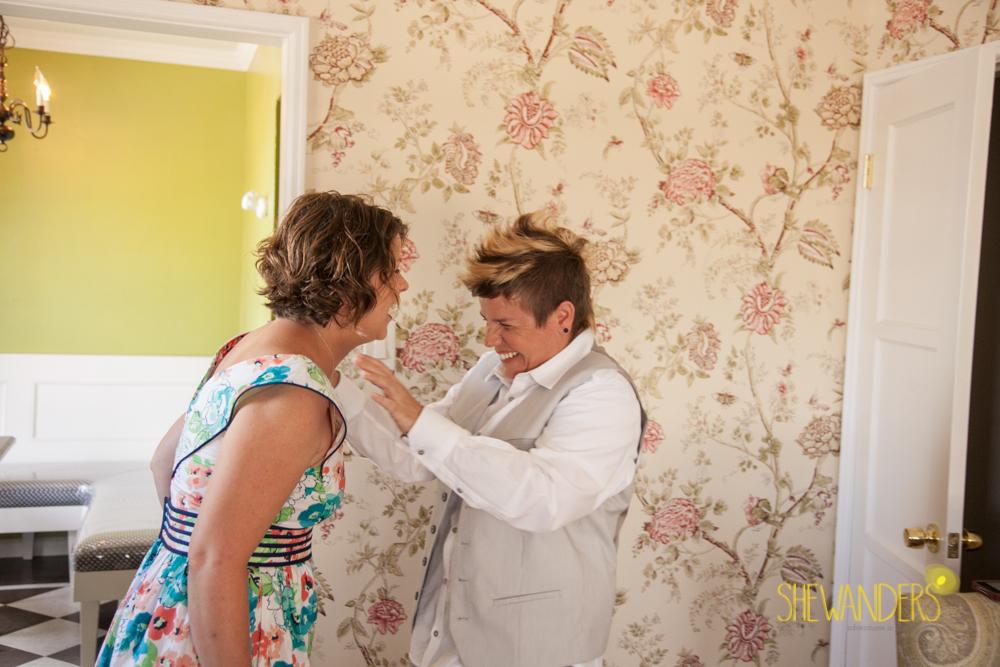 SHEWANDERS.weddings.2012178