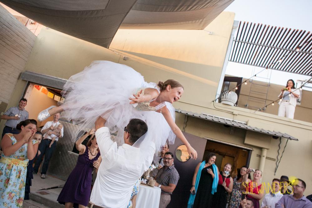 SHEWANDERS.weddings.2012183