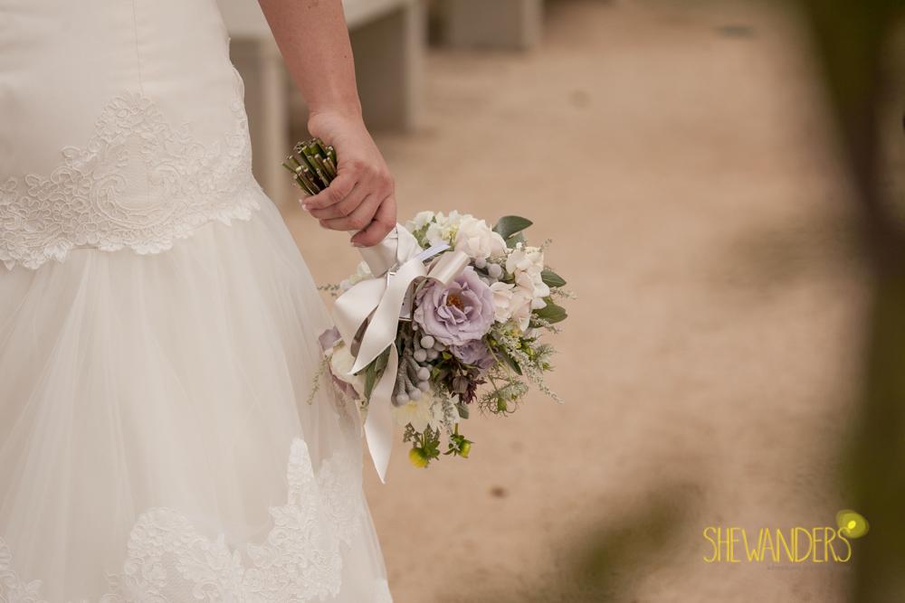 SHEWANDERS.weddings.2012185