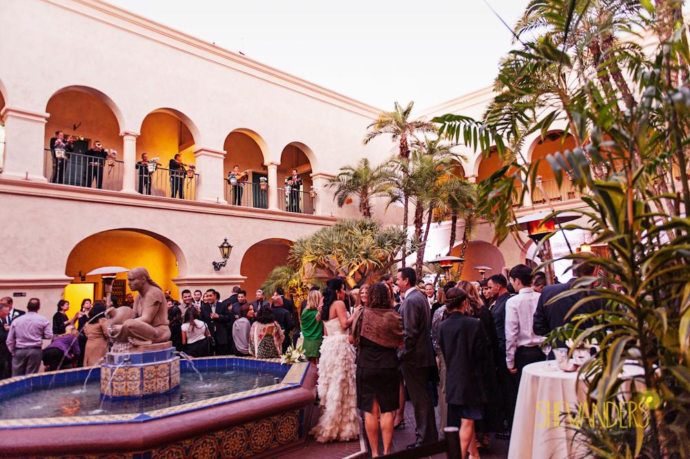SHEWANDERS.weddings.2012191