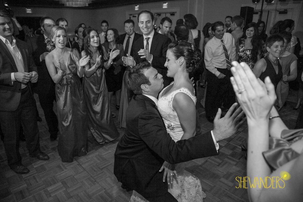 SHEWANDERS.weddings.2012203