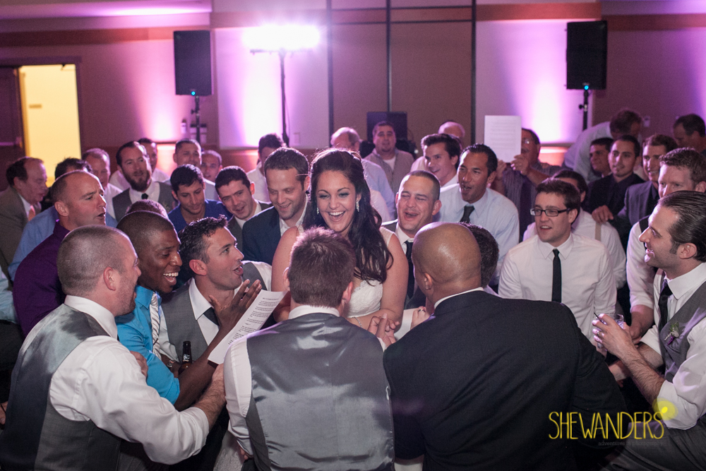 SHEWANDERS.weddings.2012206