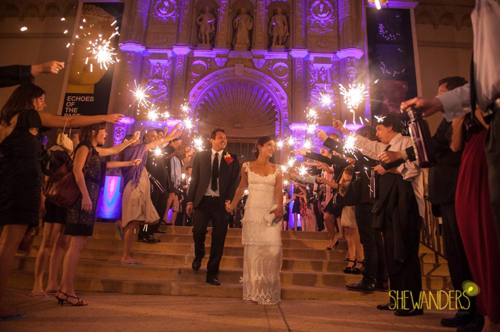 SHEWANDERS.weddings.2012208
