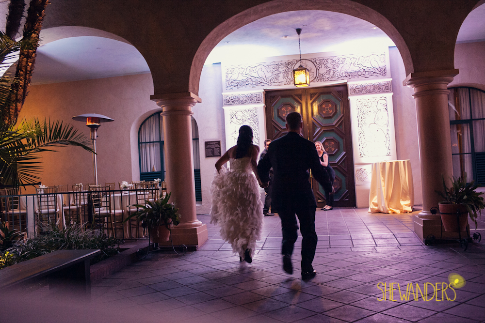 SHEWANDERS.weddings.2012209