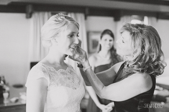 shewanders photography, wedding photography, portrait photography, portraits, groom, bride, black and white, bridal gown, wedding dress, mother and daughter