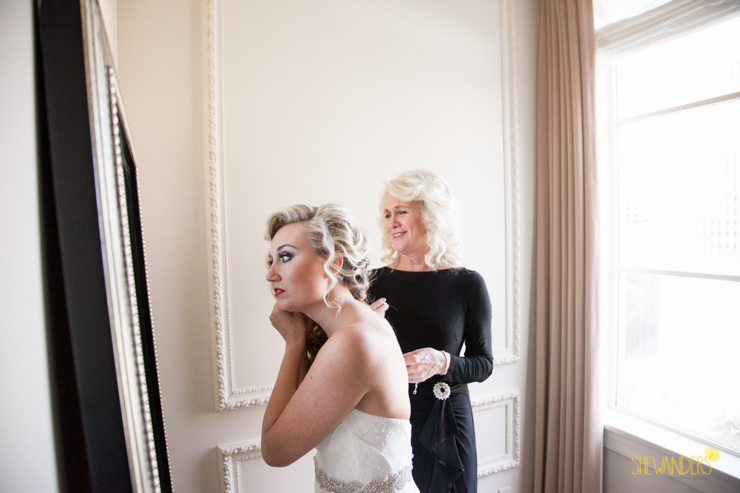 mom watching bride get ready, us grant hotel wedding photography, san diego wedding photography, shewanders wedding photography