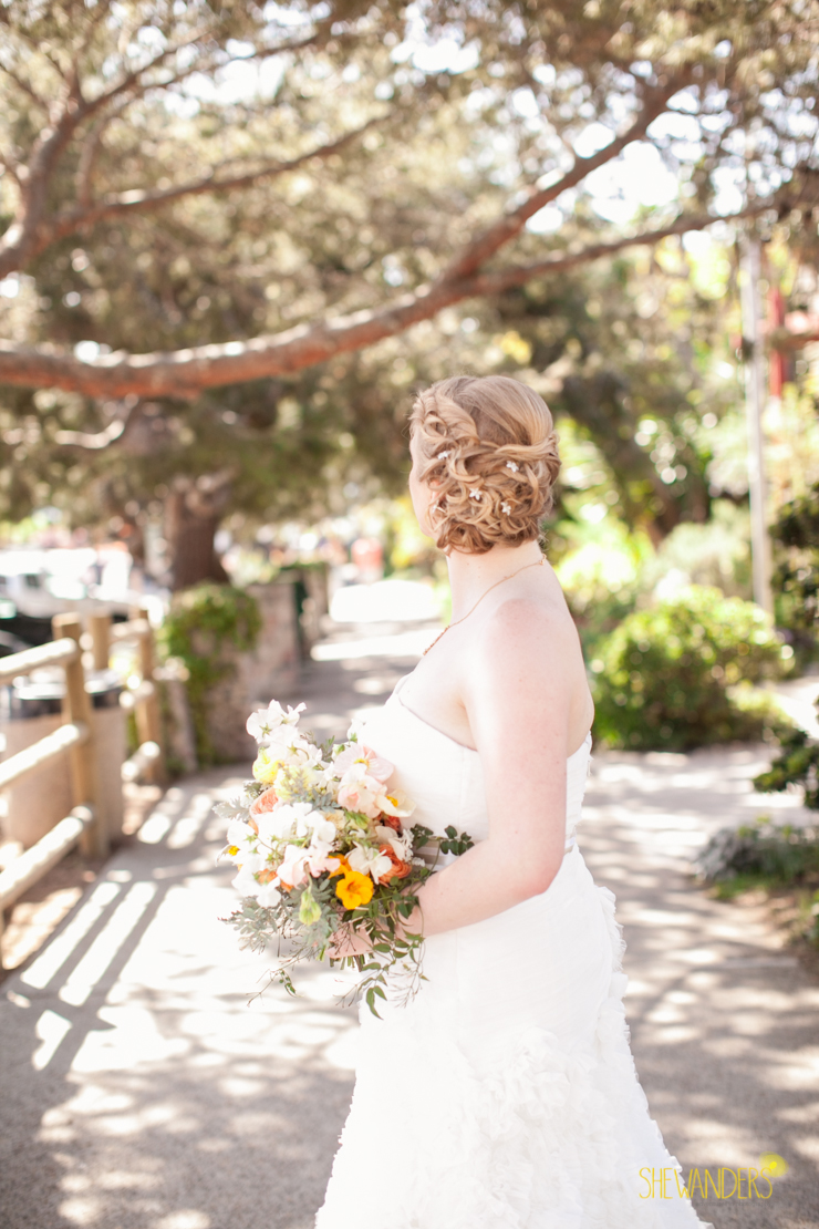 bride, bouquet,del mar wedding photography, shewanders wedding photography, root 75, luxe events, miho gastropub,