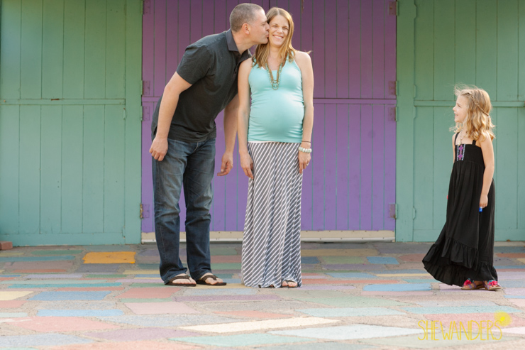 Shewanders, Shewanders photography, maternity, colors, family
