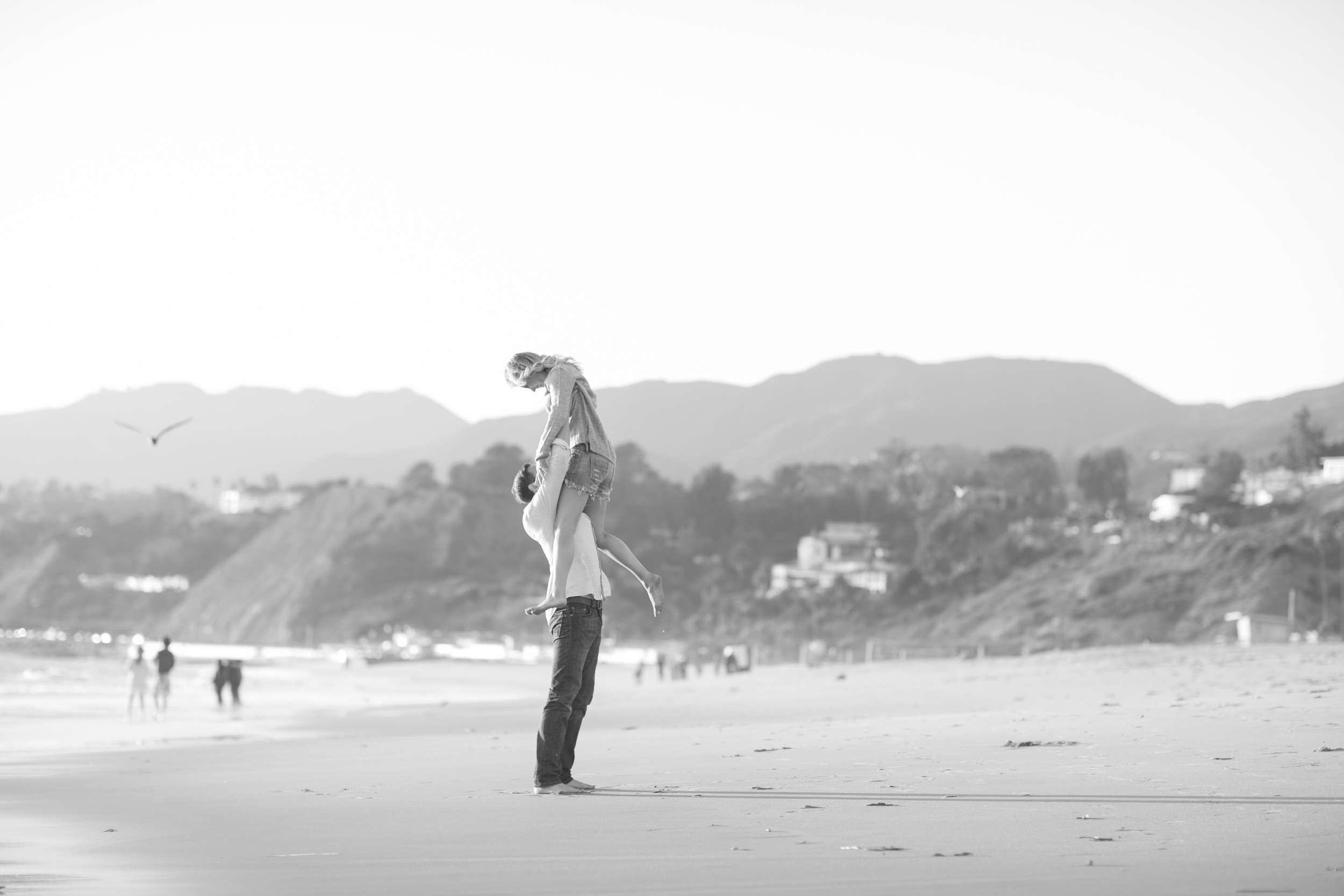 .shewanders.photography.engagement.malibu.010