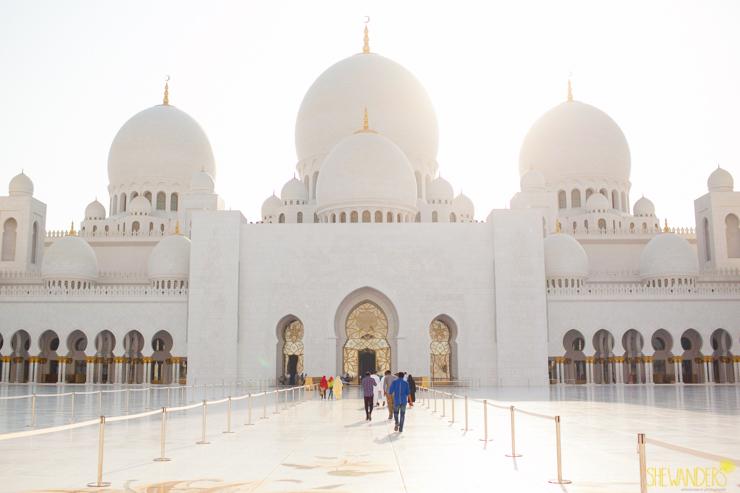 Shewanders.Dubai1001