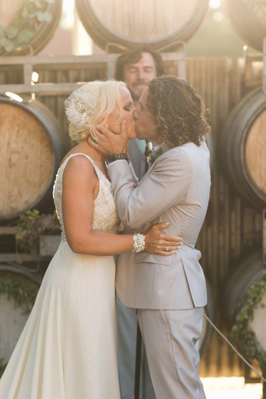 san.diego.wedding.photography.shewanders.julie.kurt082.jpg