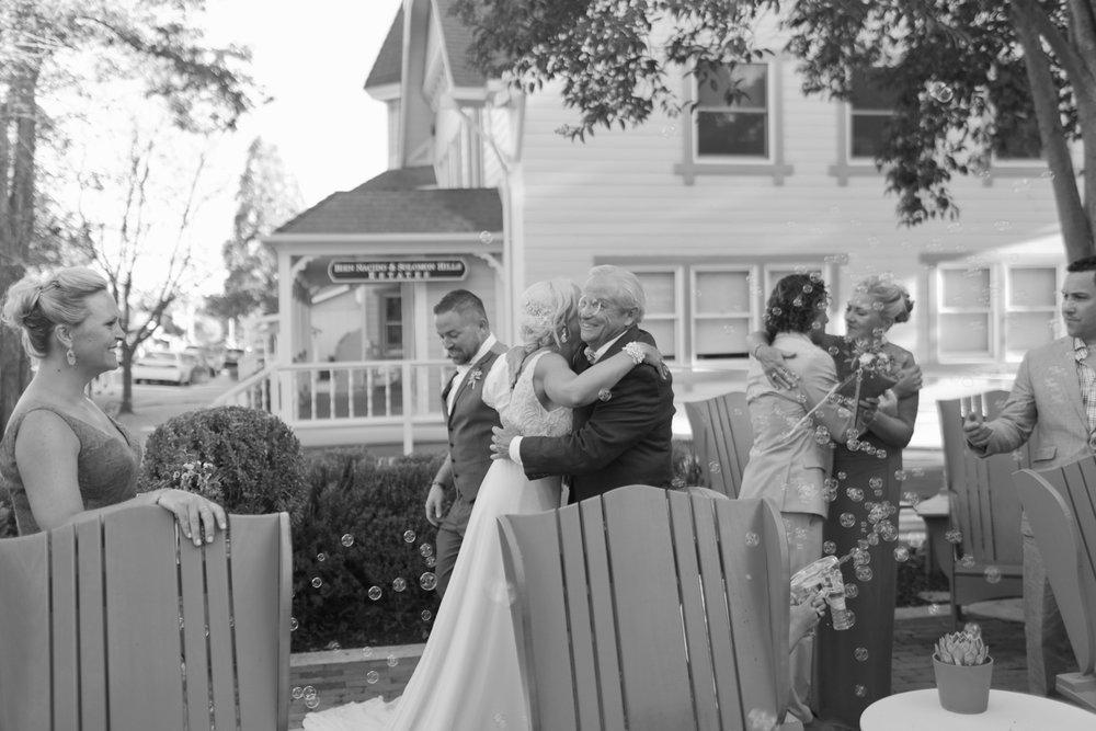 san.diego.wedding.photography.shewanders.julie.kurt095.jpg