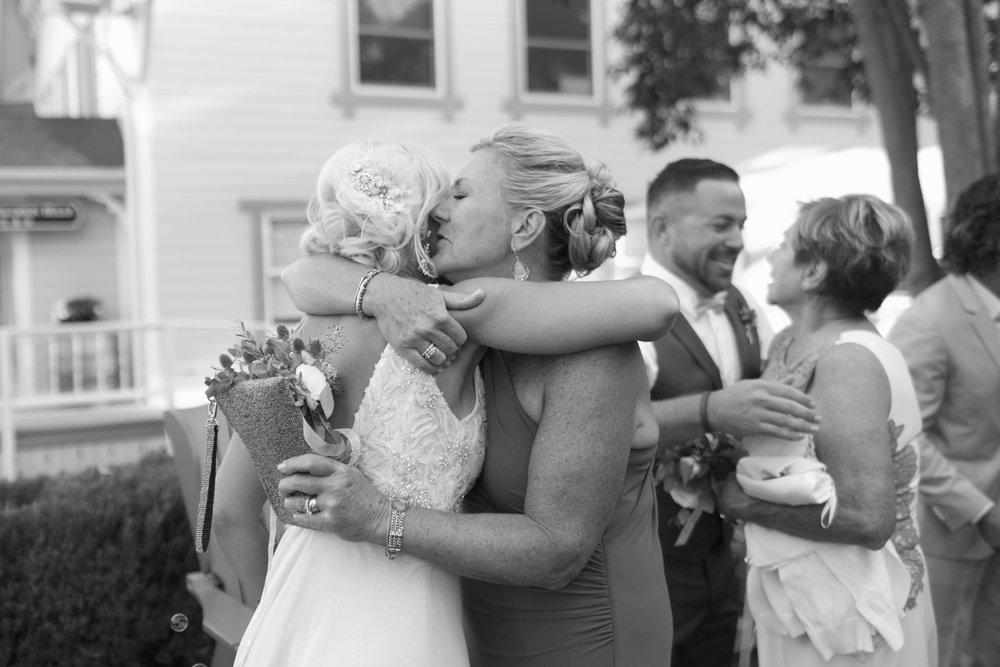 san.diego.wedding.photography.shewanders.julie.kurt100.jpg