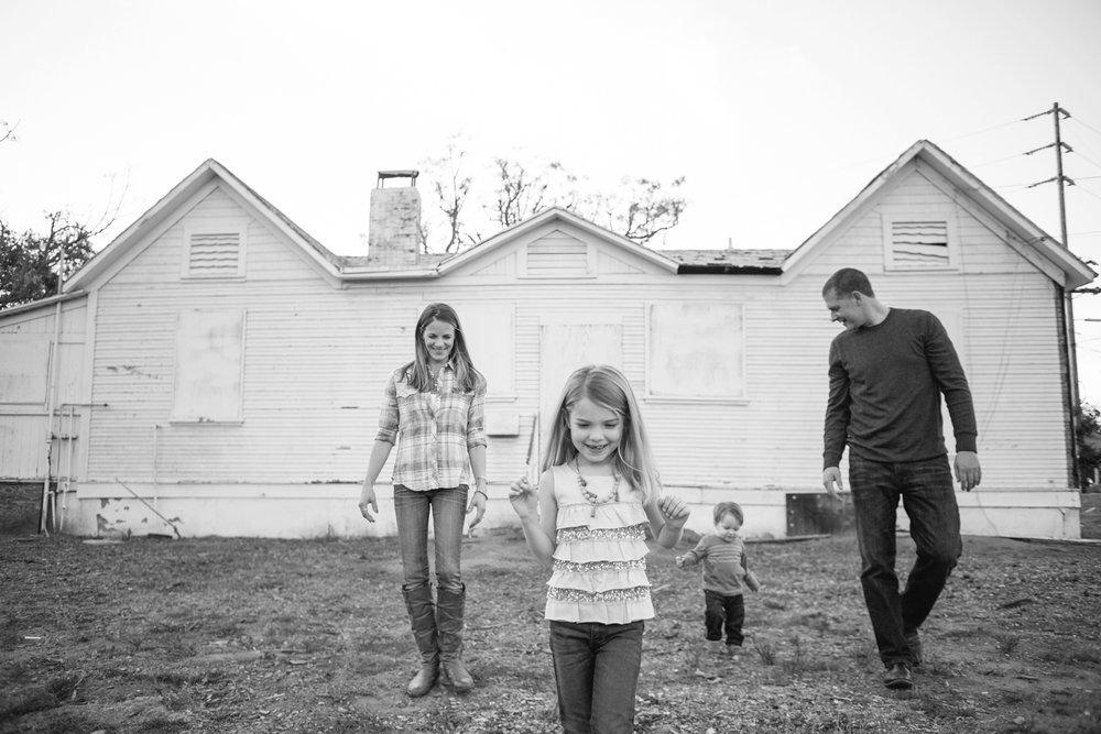 san.diego.family.photography.maternity.shewanders215.jpg