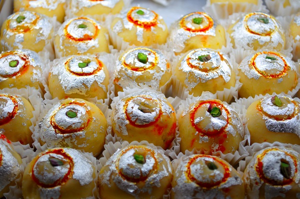 Indian_Sweets_Vark.jpg