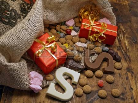 15924126-saint-nicholas-bag-with-gifts-and-candy.jpg