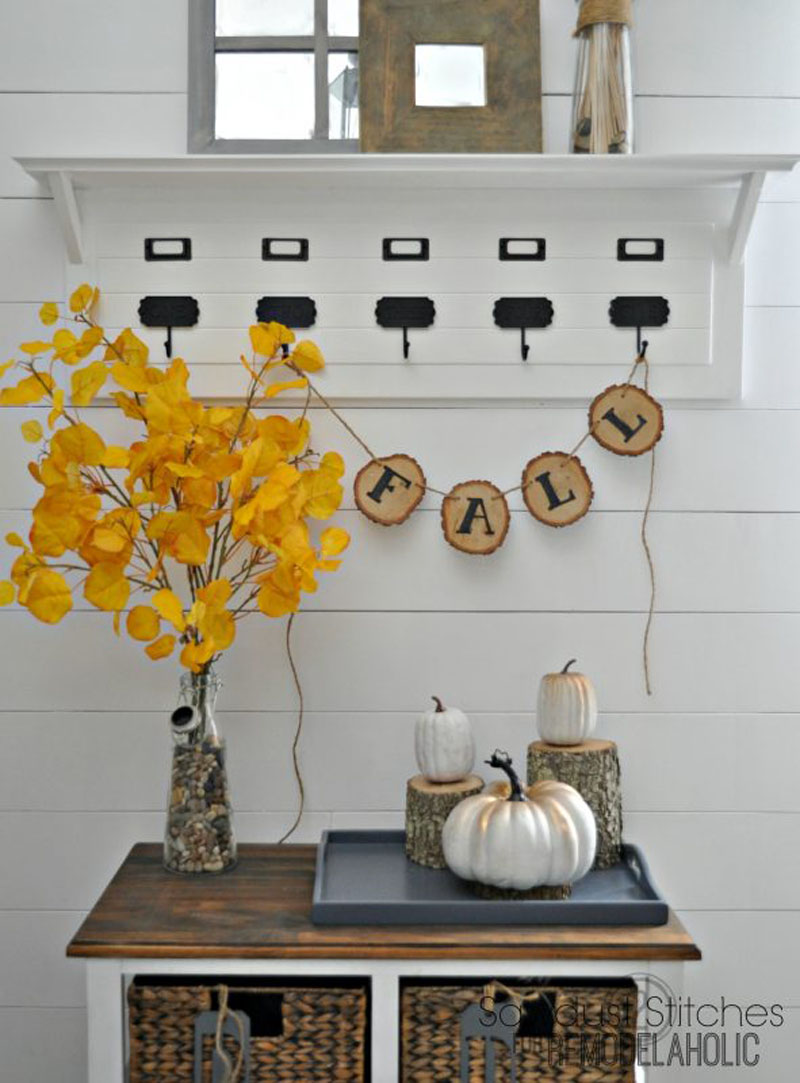 RUSTIC-FALL-WOOD-SLICE-BANNER.jpg