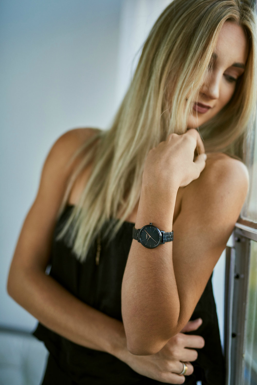 brittany lauren saskatoon fashion blogger ootd spareparts nixon watch